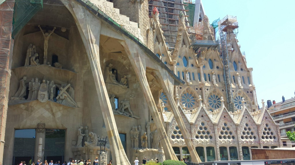 This shows the entrance to the famous Sagrada Familia, designed by Antoni Gaudi. I couldn't believe how detailed the outside was and how big the statues and decorations were until I saw it.