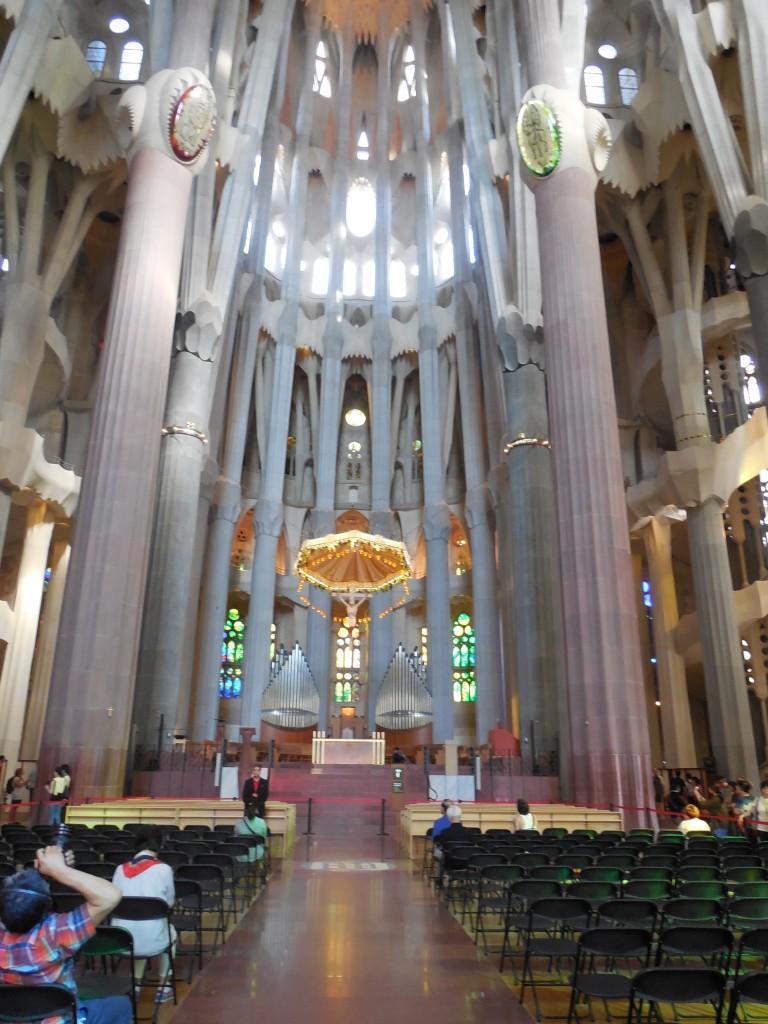 Main altar in La Sagrada Familia