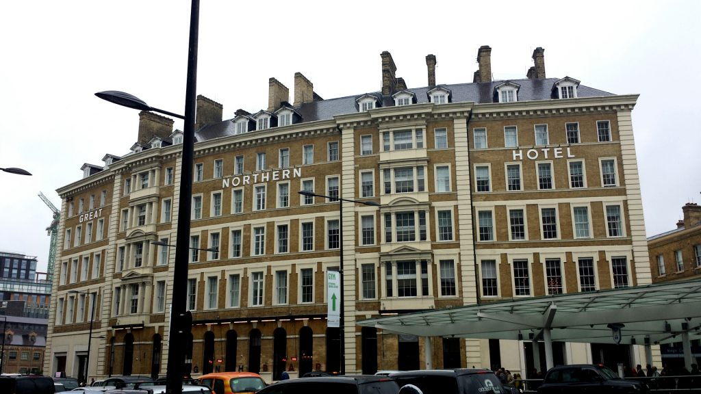 #Unrooming for Hotels.com – Great Northern Hotel, London