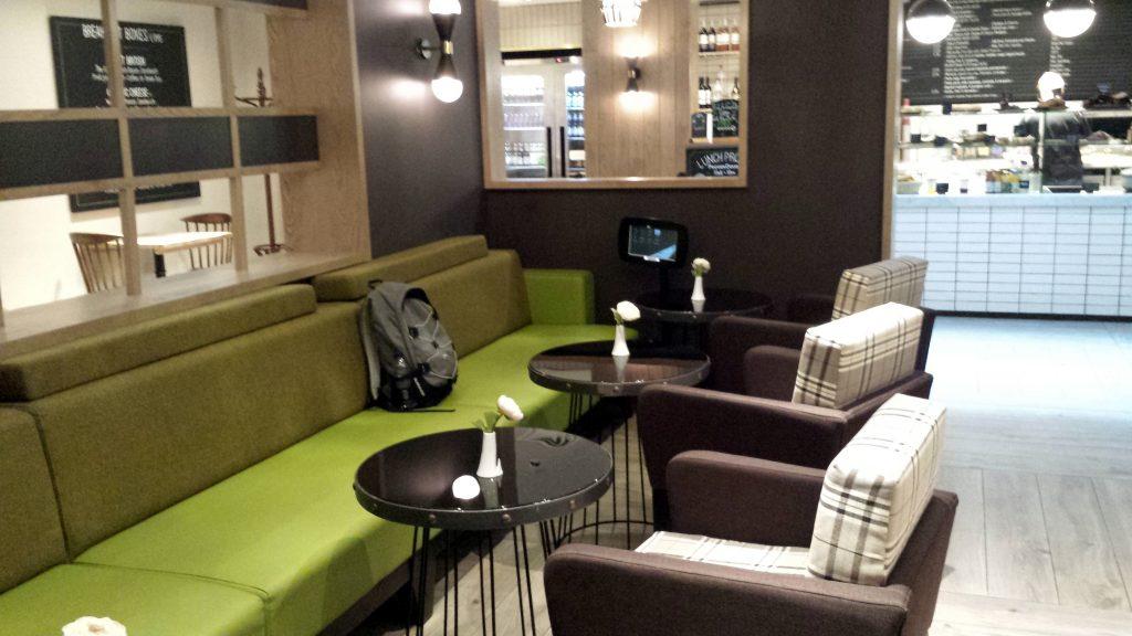 Lobby cafe Hub by Premier Inn London